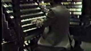 Keith Chapman plays the Wanamaker Grand Court Organ