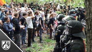 Hambacher Forst: Tausende protestieren, emotionales Video geht viral