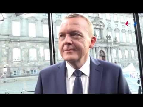 Lars Løkke amok i sminkerummet