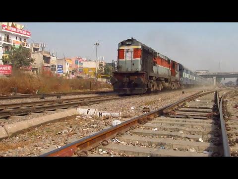 Chandigarh-Bandra Express