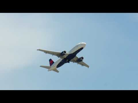28 Takeoffs at Detroit Metro Airport (DTW) July 6, 2017