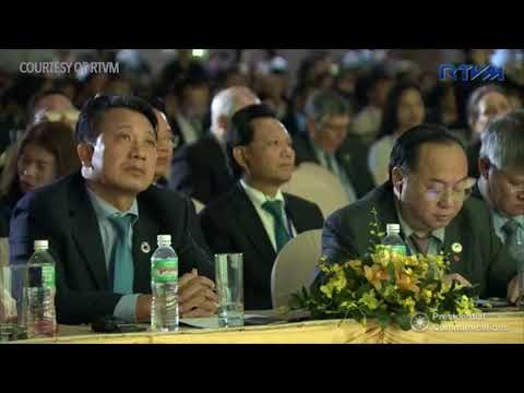 Duterte at the APEC CEO Summit 2017 in Vietnam