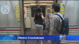 Baixar LA Metro Cracks Down On Bad Behavior