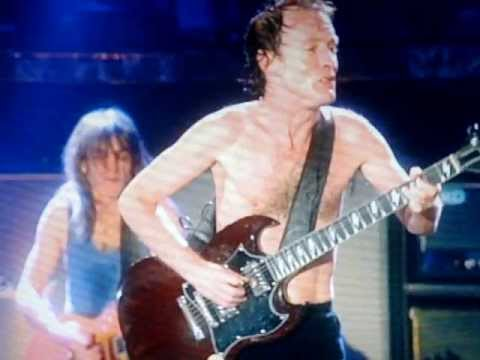 AC/DC Angus Young - Best Guitar solo ever
