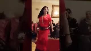 رقص منزلي جماعي ساخن