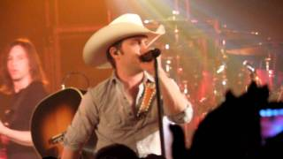 Justin Moore - Flyin' Down A Back Road mp3