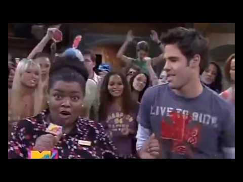 Drake & Josh  Helen singing I'm So Excited
