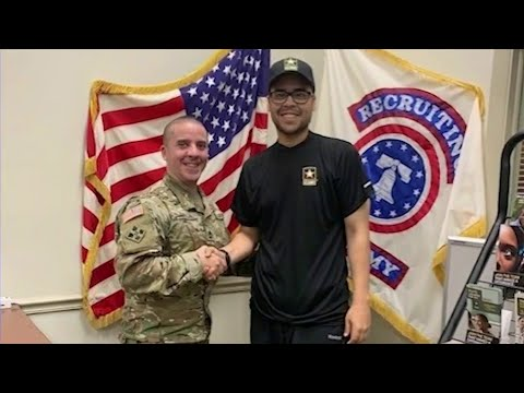 Man loses over 100 pounds to join U.S. Army