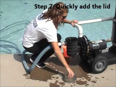 How to Vacuum a Swimming Pool