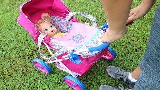 La Muñeca Baby Alive Sara perdida en la Ciudad!!! TotoyKids