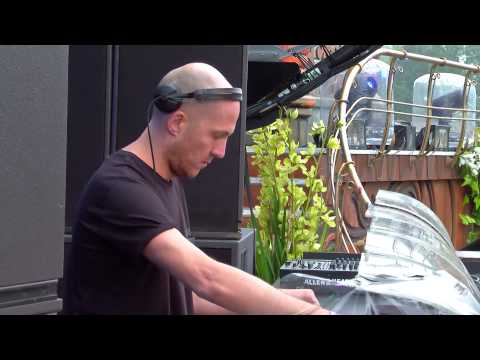 Tomorrowland 2015 | Julian Jeweil