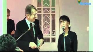 Italian FM Giulio Terzi and Daw Aung San Suu Kyi hold a joint press conference in Yangon