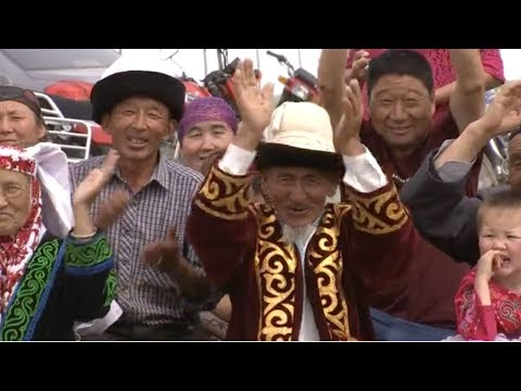 Kazakhs in northern Xinjiang observe end of Ramadan