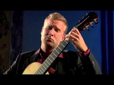 Jaka Klun plays