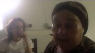 إمرأة يهودية من أصول مغربية أمازيغية تغني بالأمازيغية