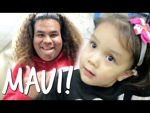 MEETING MAUI IN REAL LIFE! - March 24, 2017 -  ItsJudysLife Vlogs