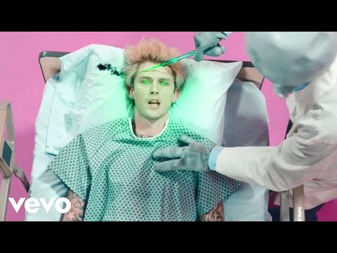 Machine Gun Kelly - concerts for aliens (Official Music Video)