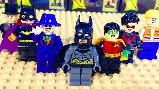 Робін та інші супергерої з фільмів про Бетмена - краща іграшка для дітей і дорослих.