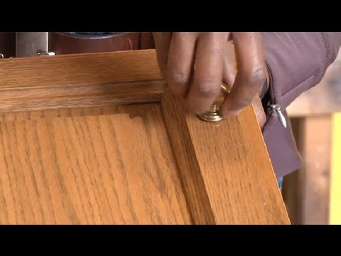 How To Replace Kitchen Cabinet Knobs : Restoring U0026 Painting Kitchen Cabinets