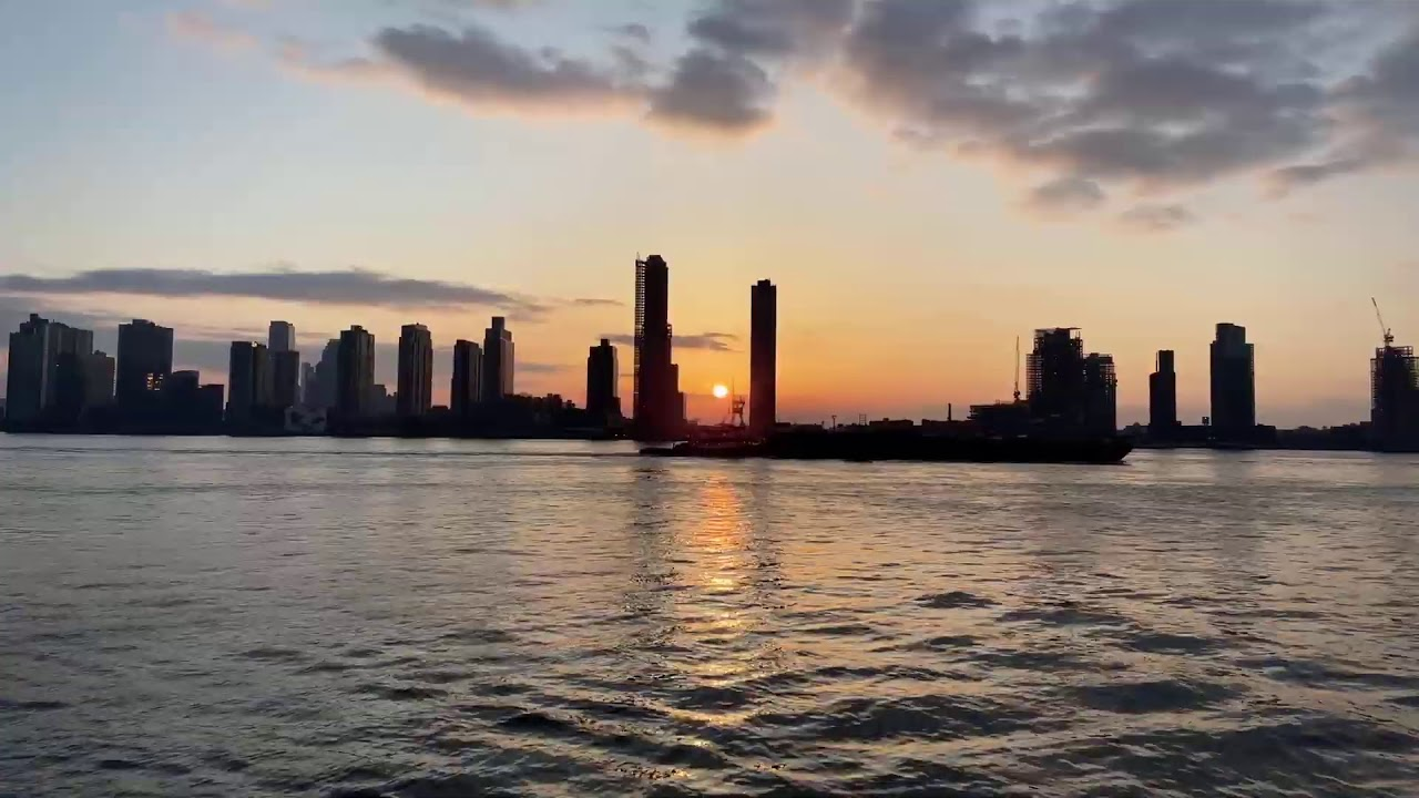 LIVE Walking New York City: Sunrise on the East River - Mar 4, 2021