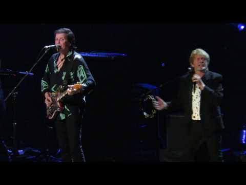 Yes - Owner of a Lonely Heart LIVE at the R&R Hall of Fame Induction - April 7, 2017