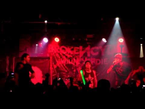 Brokencyde - Teach me how to scream Live