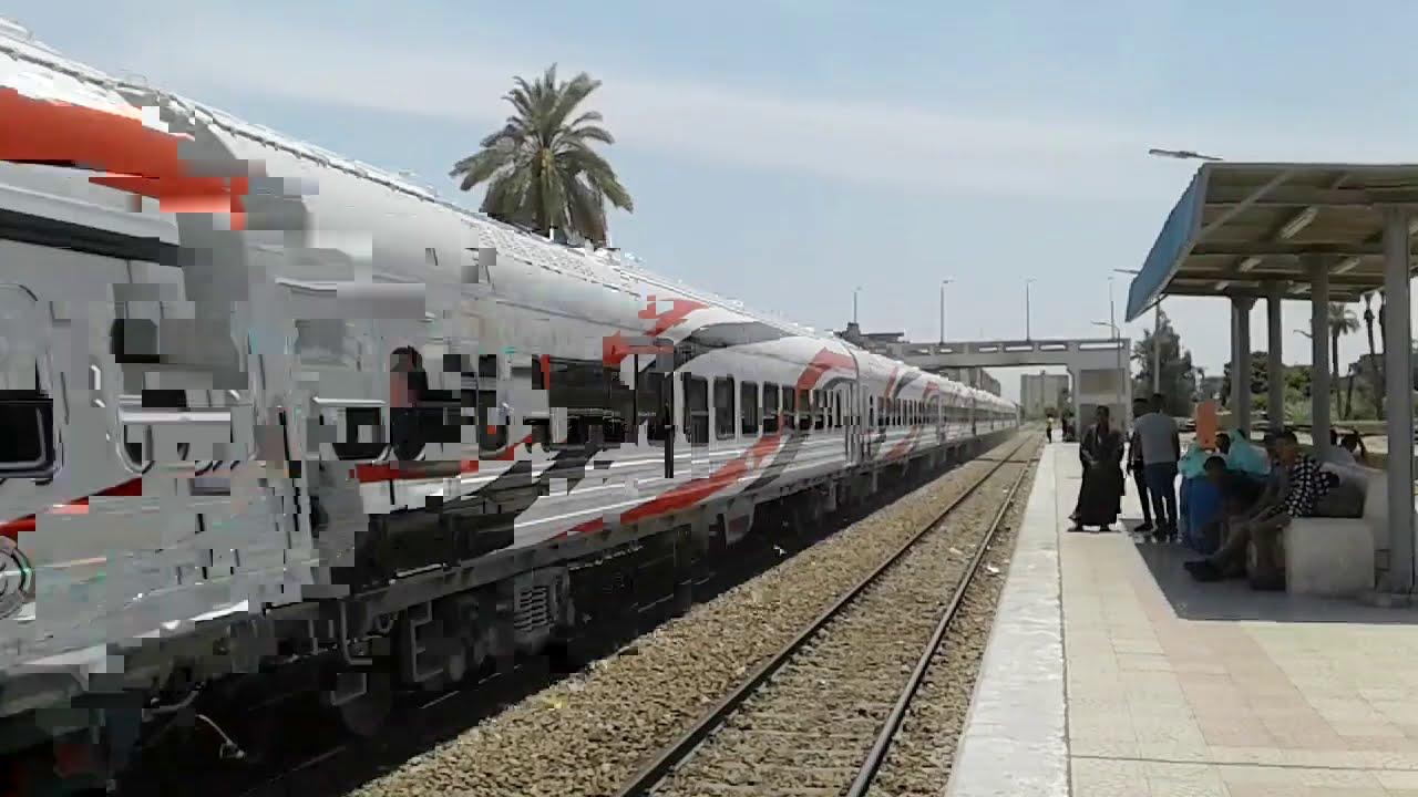 القطار الروسي الجديد والجرار الامريكي مرور محطة ابوتيج
