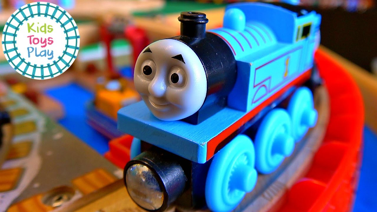 Totally Thomas Town Thomas & Friends Unboxing Collection