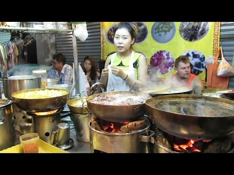 Bangkok Street Food. The Stalls of Yaowarat Road, Chinatown. Thailand