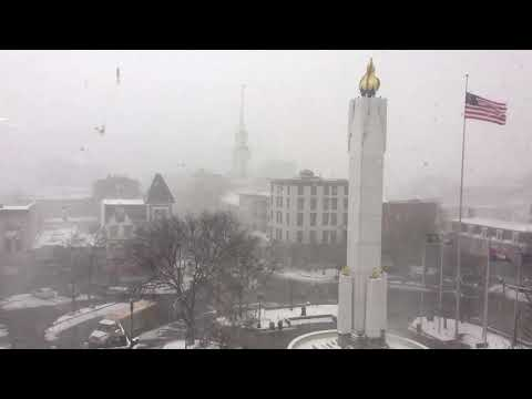 Snow squall blasts through Easton, Pa.