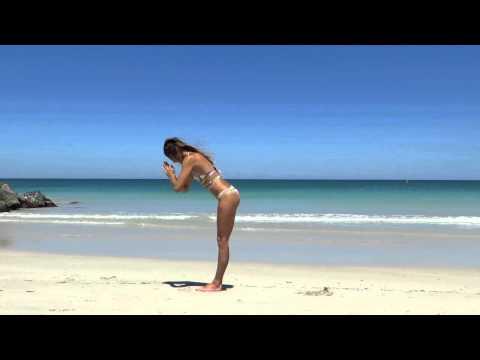 amandabisk - BEACH YOGA SUNSALUTATION / HEADSTAND FLOW