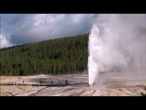 Yellowstone National Park Geyser highlights