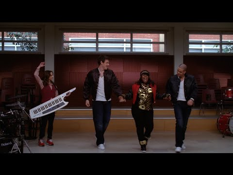 GLEE  Good Vibrations Full Performance HD