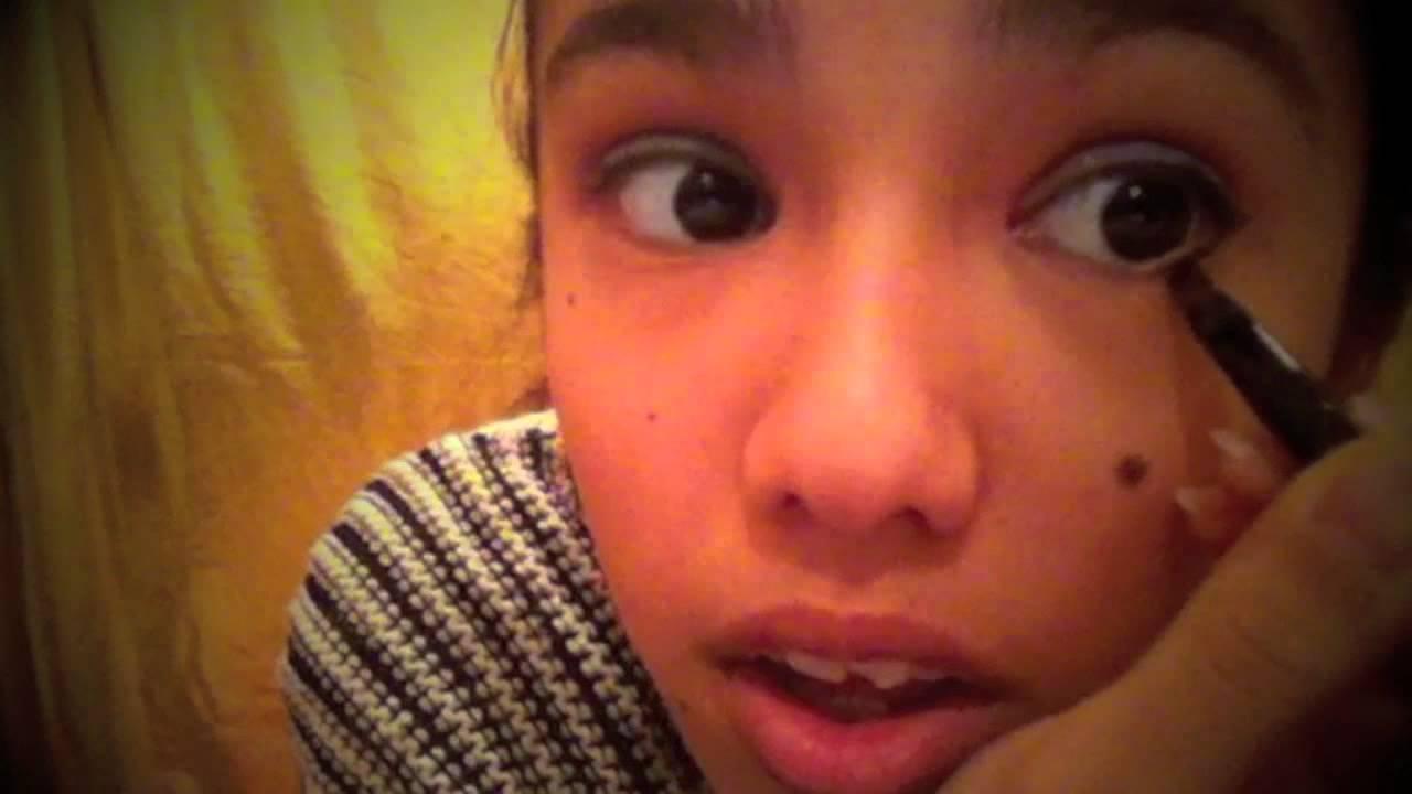 Monster high howleen wolf makeup look tutorial youtube monster high howleen wolf makeup look tutorial baditri Gallery
