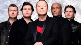 Simple Minds - Honest Town (acoustic live version)