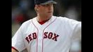Men punished for tweets about Curt Schilling's daughter