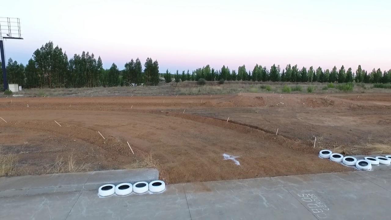 Circuito La Bañeza : Bmr zona de tierra circuito campeonato españa supermoto la