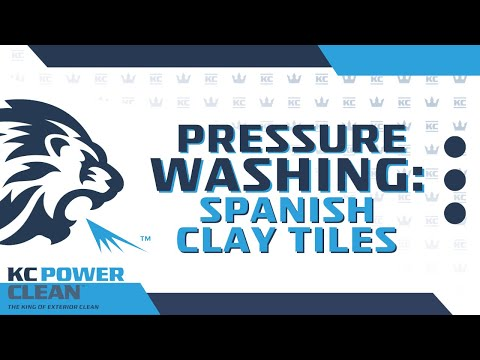 How Professionals Power Wash Spanish Clay Tiles Youtube