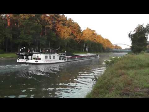 Schiffe im Kanal