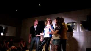 Leiloni Stars performs Robyn