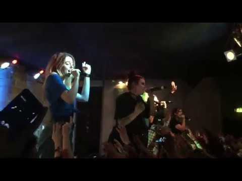 Cimorelli Live in Milano  - Cold Water-Let Me Love You (11/27/2016)