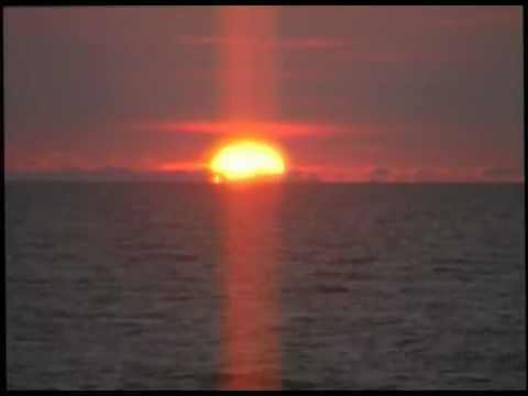 sunset in the atlantic ocean in south west france (video by ben&hanny)
