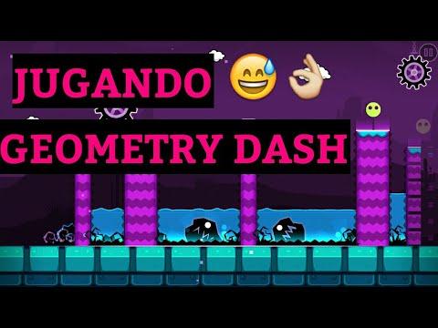 JUGANDO GEOMETRY DASH
