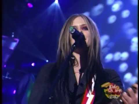 Download Avril Lavigne - Don't Tell Me (Live @ Nick Kid's Choice Awards 2004) SVCD