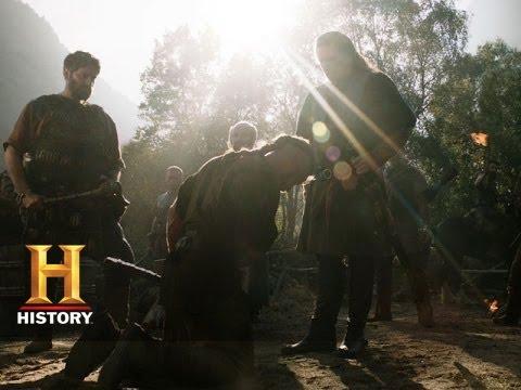 "Download Vikings Episode Recap: ""Raid"" (Season 1 Episode 5) | History"