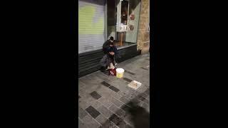 YOK BÖYLE YETENEK KALDIRIM BATERİ - Best Drummer Ever, Taksim / İstanbul Turkey Sokak Müzisyenleri