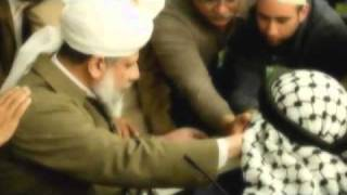 MTA Dinner with Huzoor - 2010 - Part 1