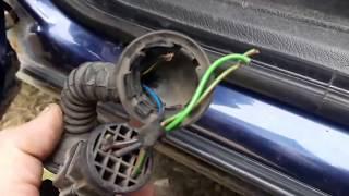 видео Автоматический дверной замок работает с брелка
