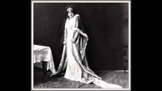 """Soprano CLAUDIA MUZIO - Tosca """"Vissi d"""