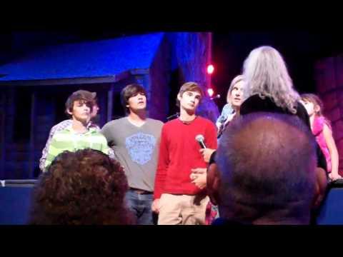 Penrod Kids sing at Dollywood (2011-10-15)